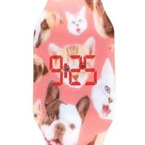 Reloj de comunión de niña de cachorros