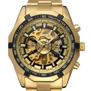Reloj elegante de hombre dorado